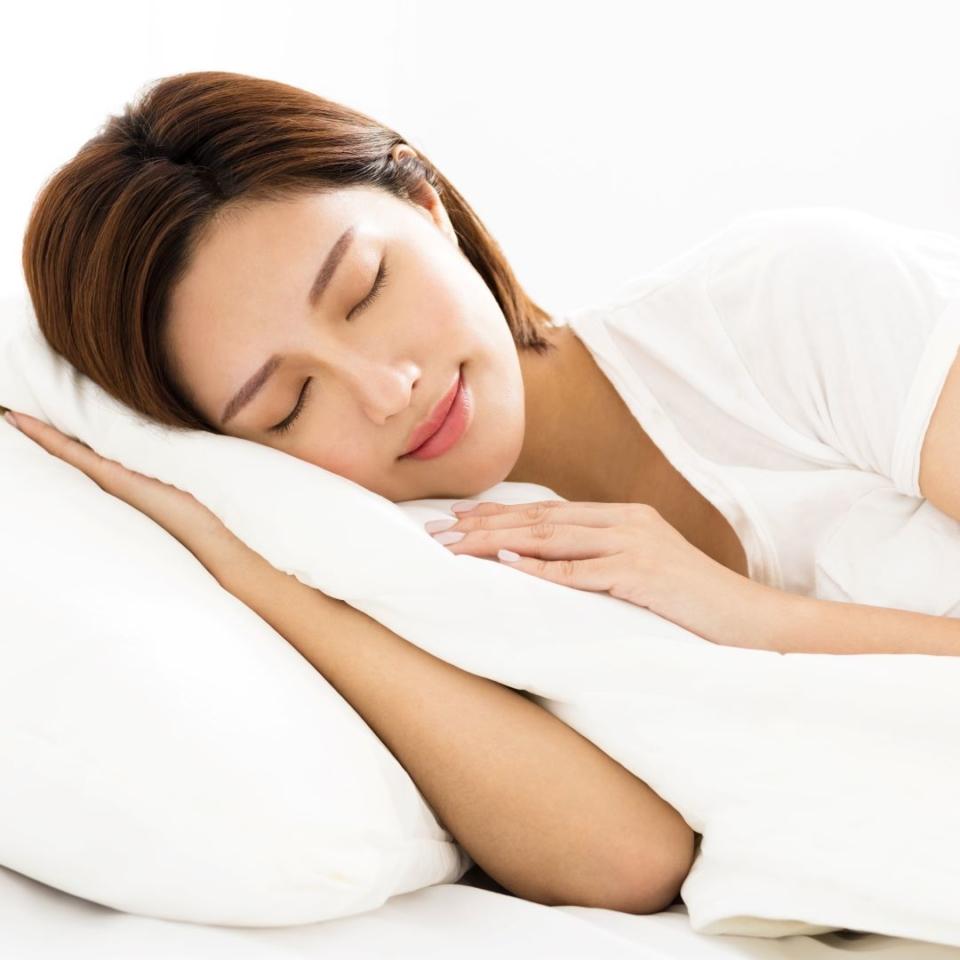 【目の知識】なぜ寝ていると目が動くのか?